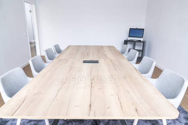 Empty board room — Stock Photo