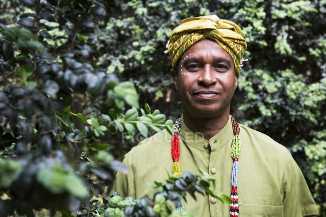 Mann in traditioneller brasilianischer Kleidung — Stockfoto