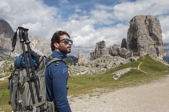 Man trekking in Dolomtes — Stock Photo