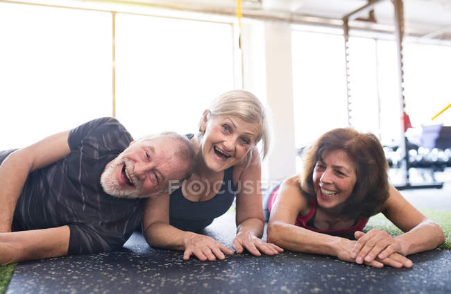 Senior friends having fun — Stock Photo