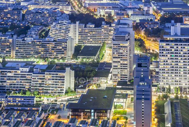 Paisagem urbana à noite, Munique — Fotografia de Stock
