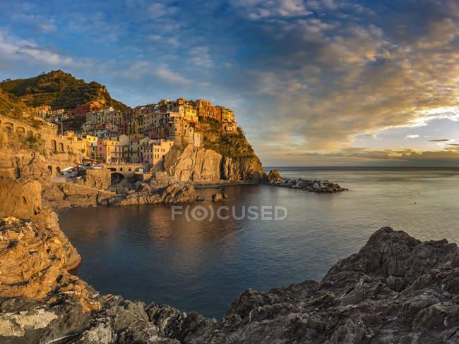 Manarola al tramonto, Cinque Terre — Foto stock