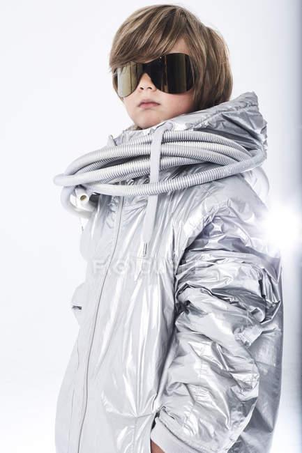 Cool boy wearing sunglasses — Stock Photo