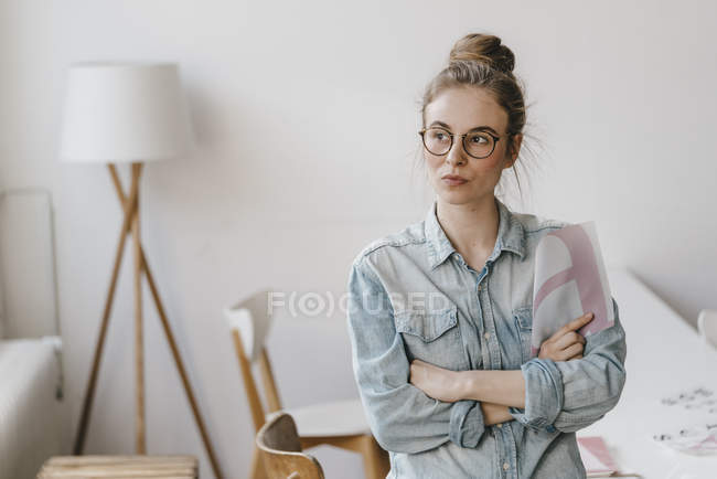 Woman holding letter template — Stock Photo
