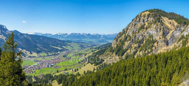 Пейзаж с альпийских гор — стоковое фото