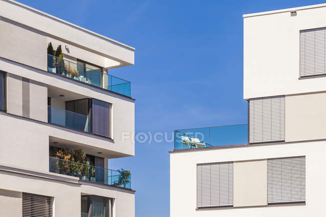 Facades of Modern multi-family houses — Stock Photo