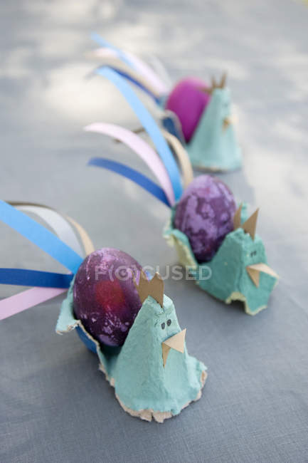 Decoração de Páscoa com ovos tingidos — Fotografia de Stock