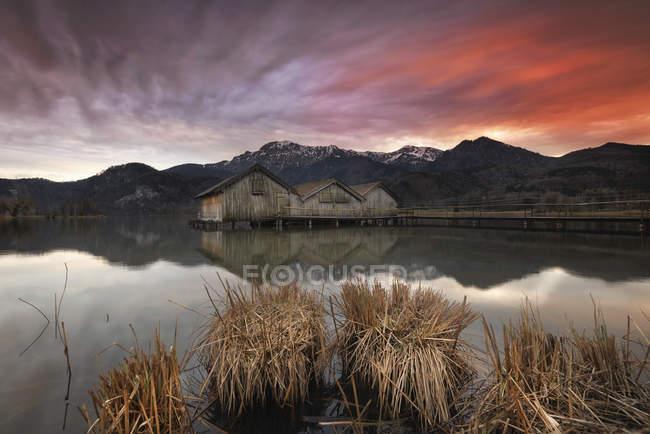 Lake Kochelsee at sunset — Stock Photo