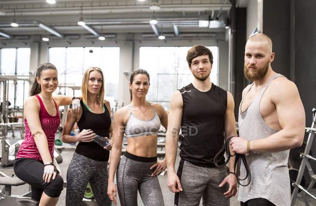 Friends having fun in gym — Stock Photo