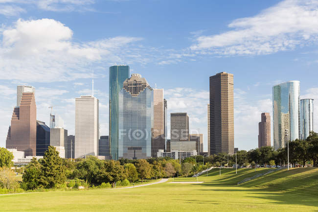 Skyline ed Eleanor Tinsley Park — Foto stock