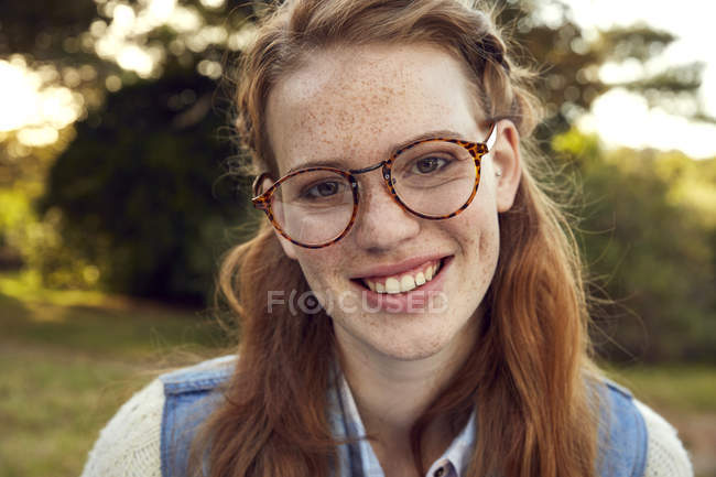 Woman with freckles wearing glasses — Stock Photo