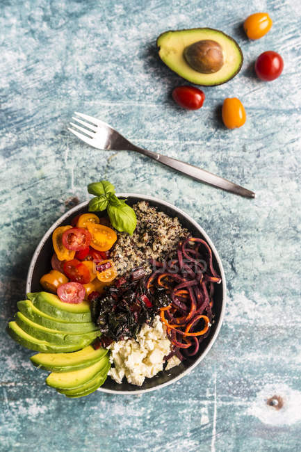Lunch bowl of quinoa tricolore — Stock Photo