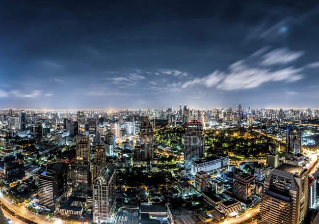 Thailandia, Bangkok, skyline di notte — Foto stock