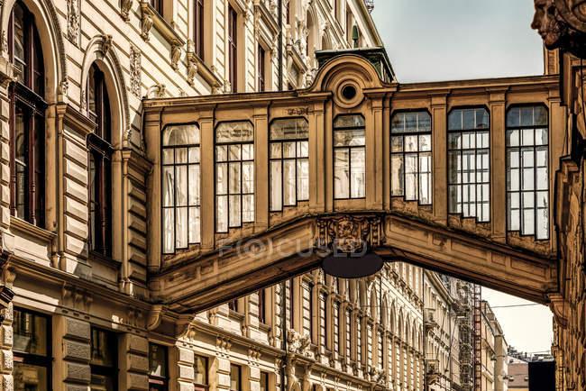 Czechia, Praga, skywalk storico nel vecchio edificio — Foto stock