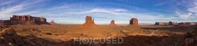 EUA, Brasil, sudeste, planalto do Colorado, Utah, Arizona, nação Navajo reserva, vale do monumento — Fotografia de Stock