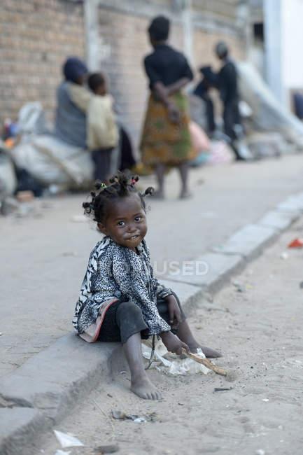 looking for homeless girl