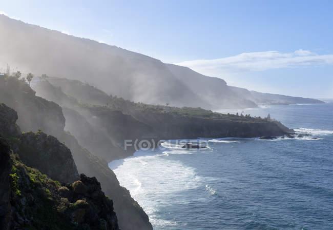Gischt an der Kste, Punta del Guindaste, Los Realejos, Teneriffa, Kanarische Inseln, Spanien — Fotografia de Stock