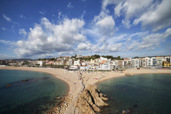 Spain, Catalonia, Costa Brava, Blanes, beaches and town skyline in seaside resort by the Mediterranean Sea — Stock Photo