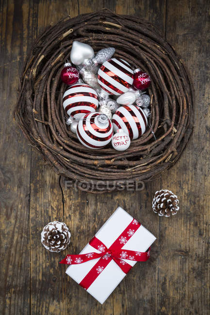 Christmas decoration in handmade nest — Stock Photo