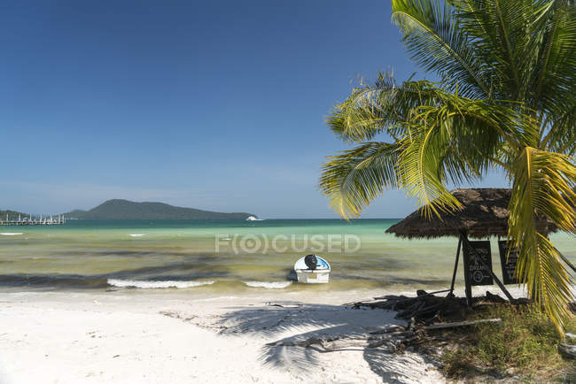 Spiaggia di Saracen Bay, Koh Rong Sanloem island, Sihanoukville, Cambogia, Asia — Foto stock