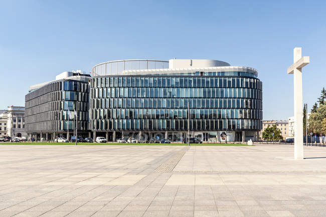 Poland, Warsaw, Metropolitan building on Pilsudski Square — Stock Photo