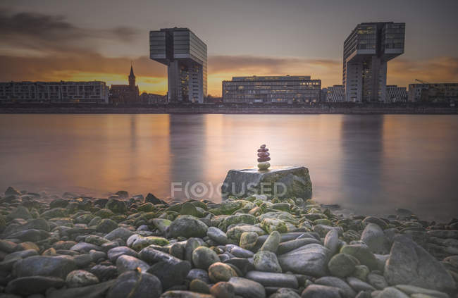 Germany, Cologne, view to Crane Houses at sunset — Stock Photo