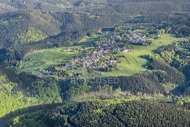 Германия, Гельберг, вид с воздуха на деревню — стоковое фото