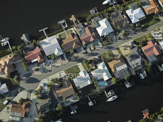 Stati Uniti, Florida, antenna della periferia lungo la sponda occidentale della baia di Tampa — Foto stock