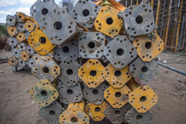Pali in acciaio in cantiere — Foto stock