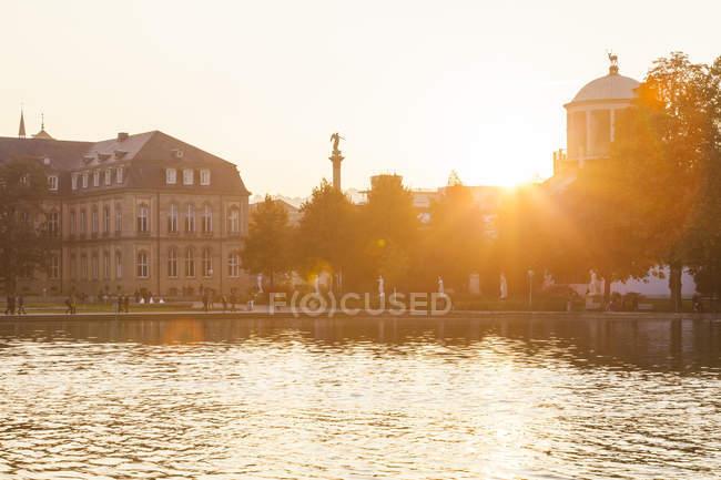 Vista sull'Eckensee, Stoccarda, Baden-Wrttemberg, Germania — Foto stock