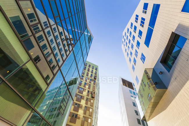 Нідерланди, Амстердамі, Ijdock Офісна будівля — стокове фото