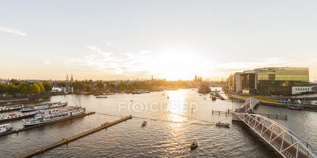 View of harboar with boats over water during daytime, holland — Stock Photo