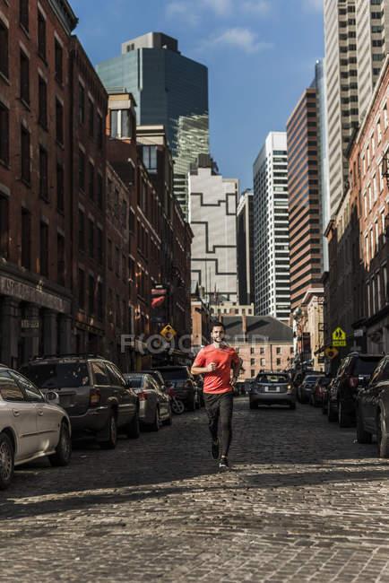 США, Нью-Йорк, людина, що біжить в Манхеттен — стокове фото