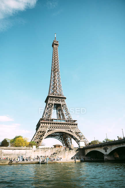 Paris, France. Eiffel Tower from Seine river in a sunny day — Stock Photo
