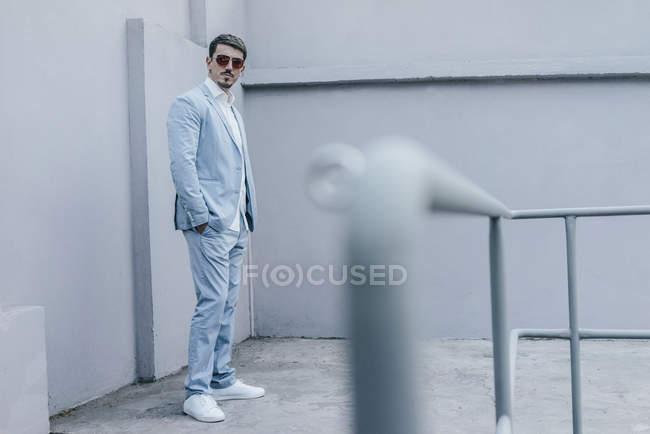 Portrait of confident businessman wearing sunglasses — Stock Photo