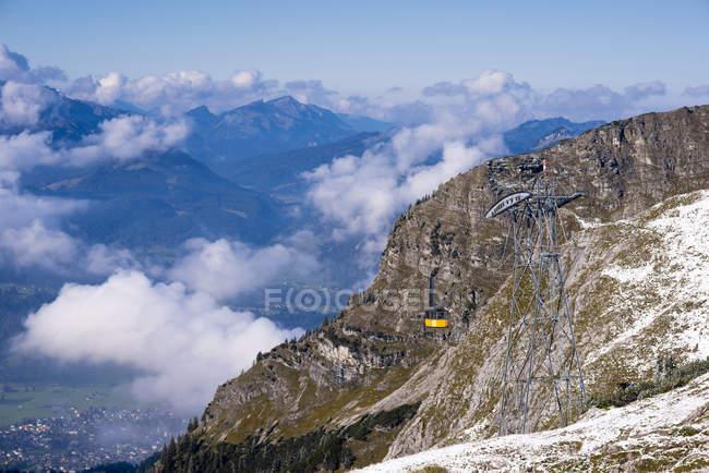 Alemania, Baviera, Allgaeu, Alpes de Allgaeu, teleférico de Nebelhorn - foto de stock