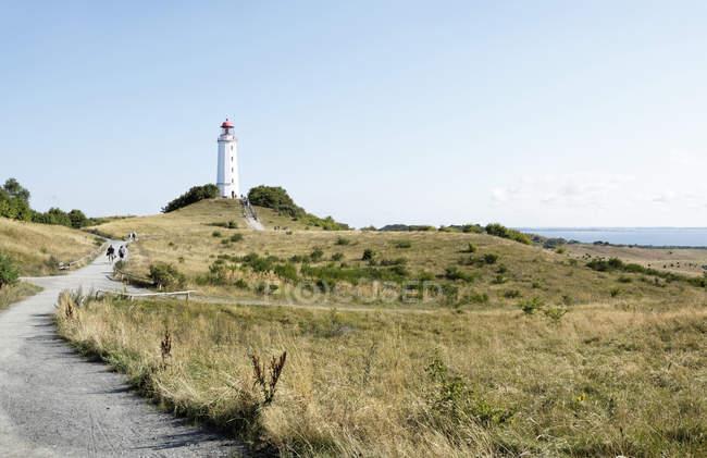 Alemanha, Hiddensee, Dornbusch, ver a paisagem e farol — Fotografia de Stock