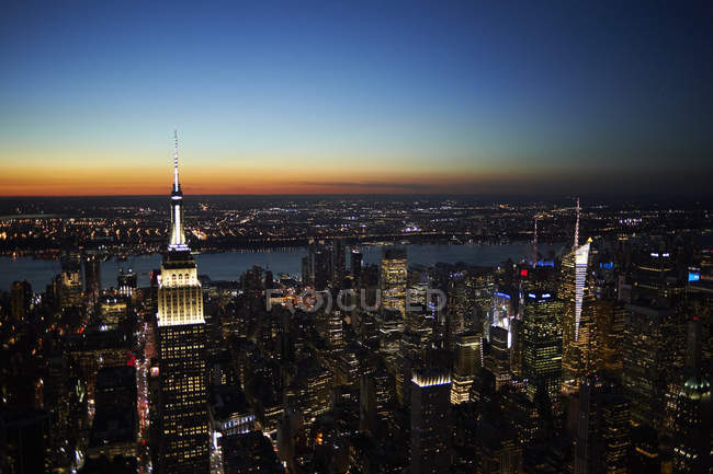 Blick auf Empire State Building in Manhattan, New York City, New York State, USA — Stockfoto