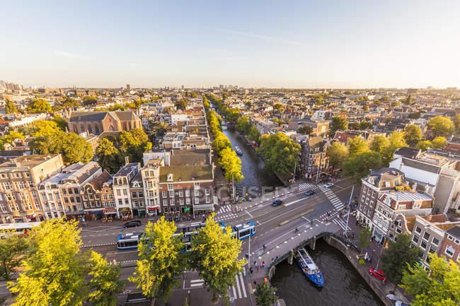 Paisagem da cidade velha de Amsterdã, Holanda — Fotografia de Stock