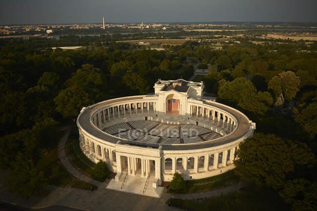 USA, Virginia, fotografia aerea del Teatro Nazionale del Cimitero di Arlington — Foto stock