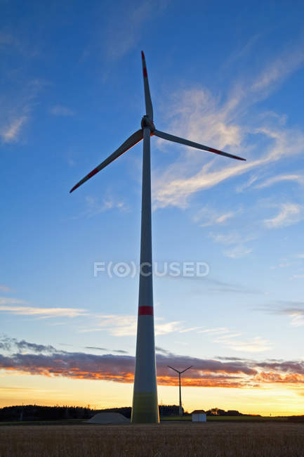 Wind wheel in the evening — Stock Photo