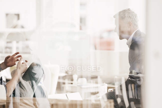 Business people having an informal meeting — Stock Photo