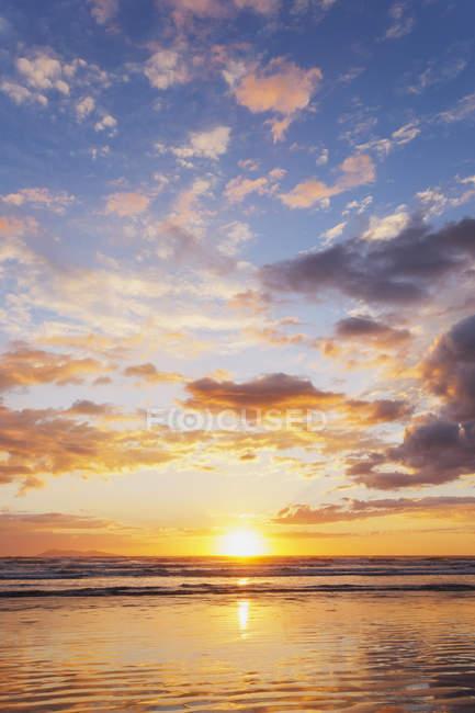 Waihi Strand bei Sonnenaufgang — Stockfoto