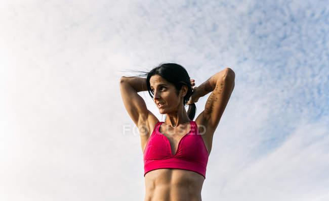 Asturien, Spanien, Fitness-Frau im freien — Stockfoto