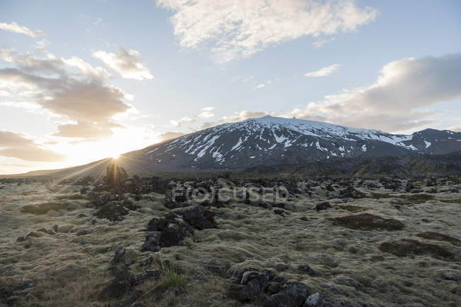 View of volcano at sunset — Stock Photo