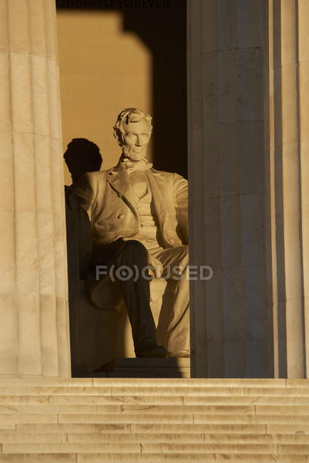 USA, Washington State, Lincoln Memorial in Washington DC at sunrise — Stock Photo