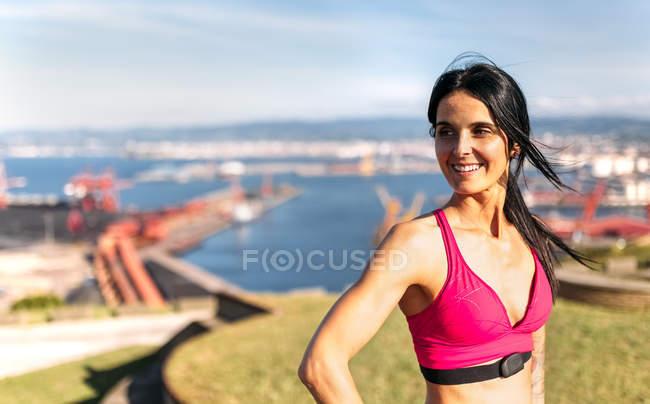 Mulher de aptidão de Astúrias, Espanha, ao ar livre — Fotografia de Stock