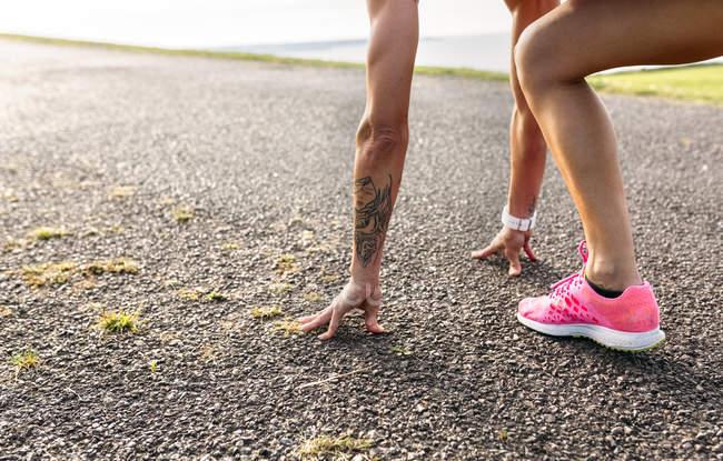 Asturias, Espagne, runner femme formation plein air — Photo de stock