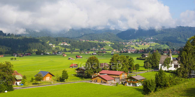 Prati di Loretto nelle Alpi di Allgaeu, Alta Allgaeu, Baviera, Germania — Foto stock