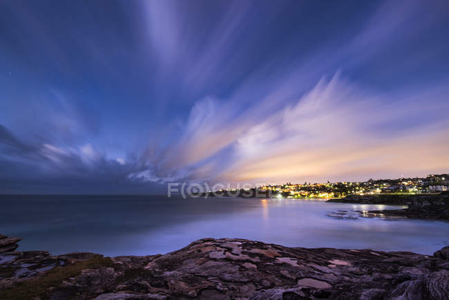 Tamarama, Plage le soir — Photo de stock